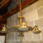 Antique Hanging Lamps :Stylishly furnished with classic elegance
