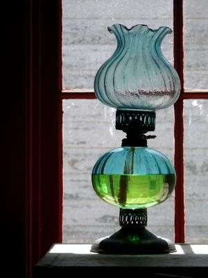 Types of Antique Lamps | LoveToKnow