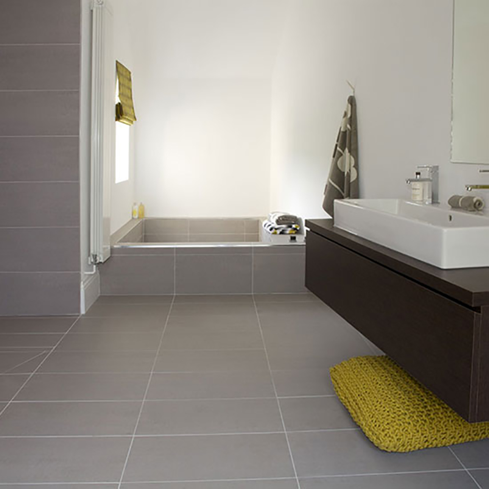 Bathroom tiles in porcelain