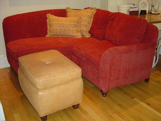Corner loveseat/chaise with ottoman