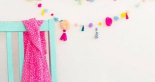 Best DIY Room Decor Ideas for Teens and Teenagers - DIY Pom Pom Tassel  Garland -