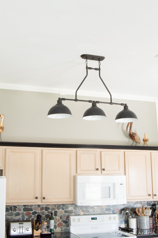 The New Farmhouse Pendant Lights - {T&H Kitchen Makeover} | Table