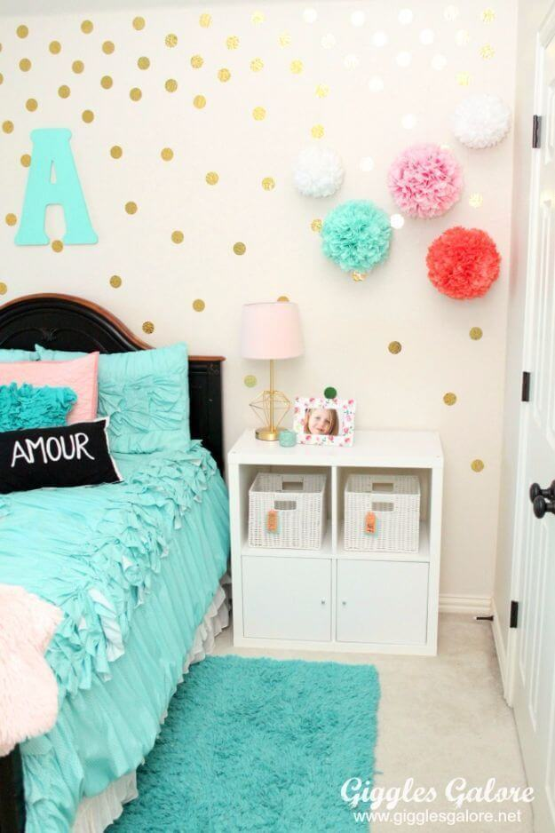 Kid Room Decor Idea with Golden Polkadots