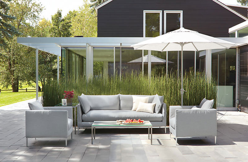 Modern Patio Furniture That Brings the Indoors Outside - Freshome