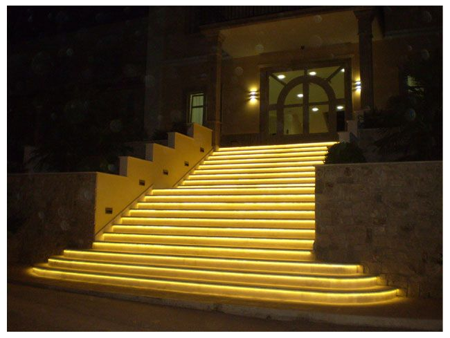 Led outdoor stairs strip light examples - 12v Ultra Bright LED strip