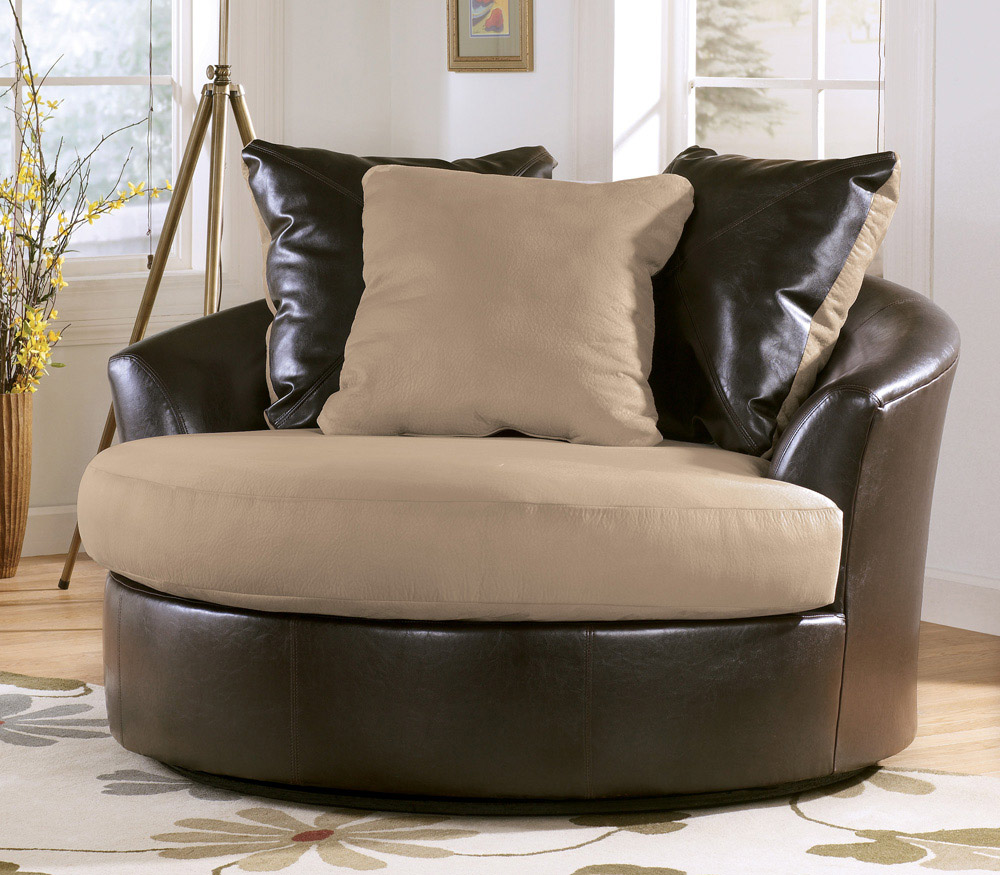 Round Swivel Accent Chair Tips