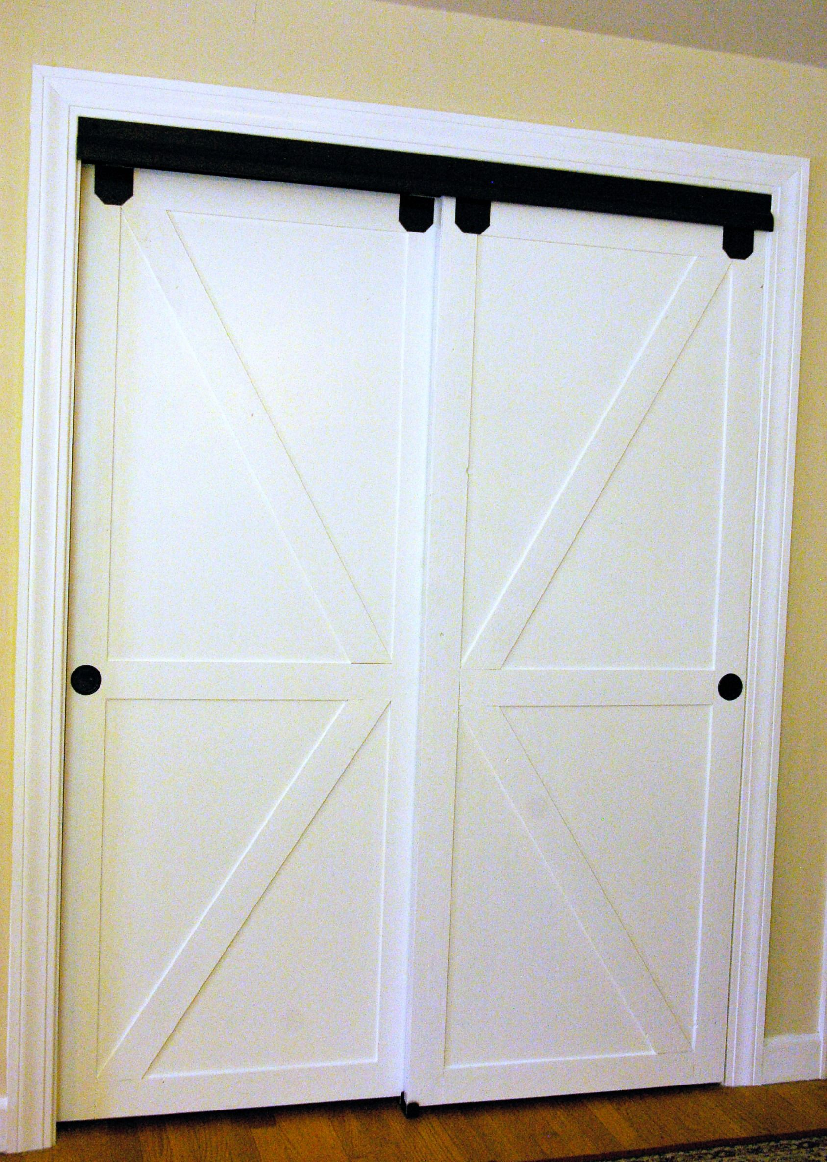 I love what she did to her closet doors to make them blend in with the room  #slidingclosetdoors