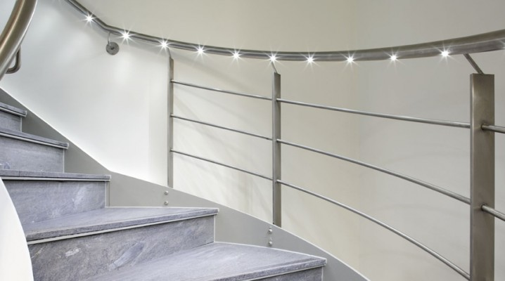Installation Stair Handrail Lighting